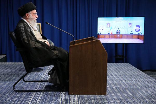 پخش ناگفتههای رهبر انقلاب درباره دفاع مقدس از تلویزیون