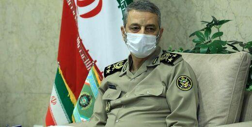 تبریک سرلشکر موسوی به دو فرمانده ارتش