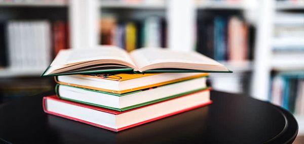 5 کتاب که مطالعه آنها افکار شما را تغییر خواهد داد