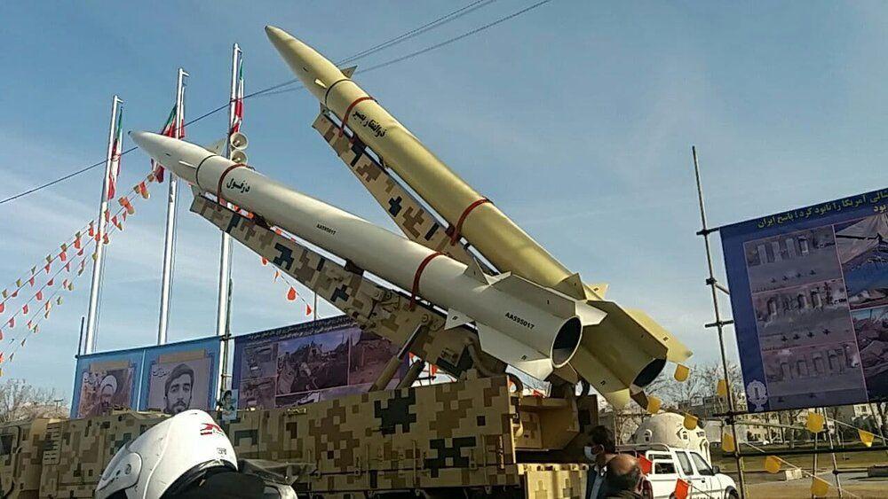 موشک های بالستیک سپاه پاسداران در خیابان های تهران +عکس