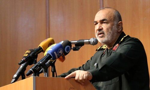 سردار سلامی: بسیج خطشکن است/ هیچ چیزی مانع پیشرفت کشور نمیشود