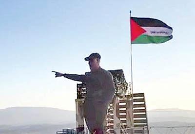 رونمایی از مجسمه سپهبد سلیمانی در مرزهای فلسطین