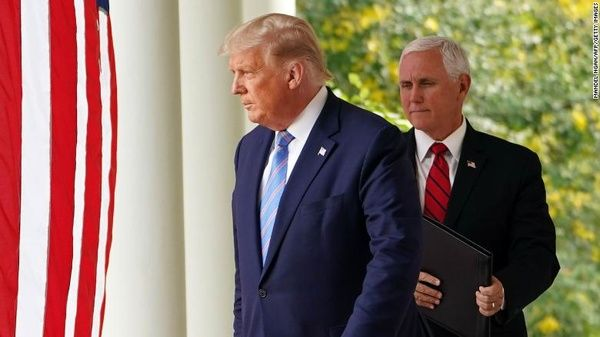 چراغ سبز پنس برای برکناری ترامپ