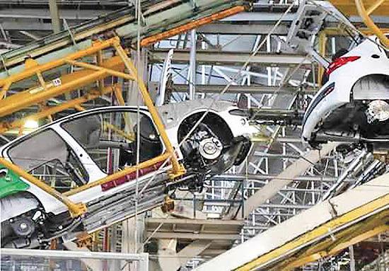 تداوم واگذاری اموال در خودروسازی