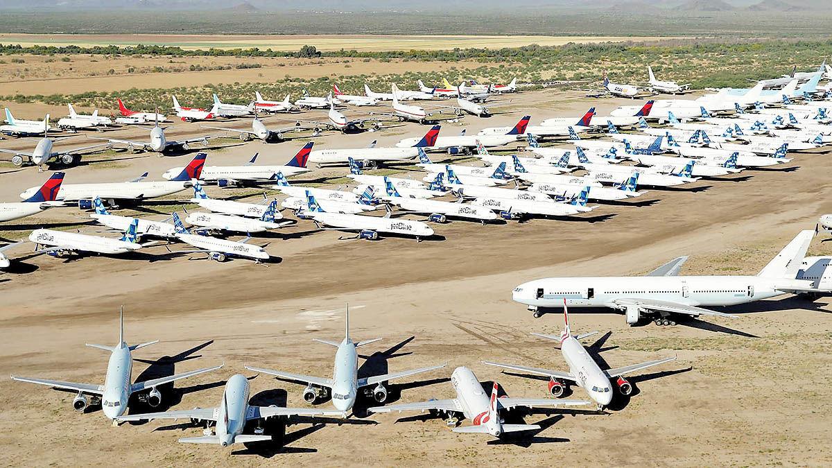 9500 هواپیما در پارکینگ کرونا