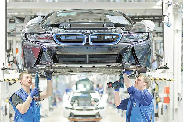 اخراج 6 هزار نفری در خودروساز آلمانی
