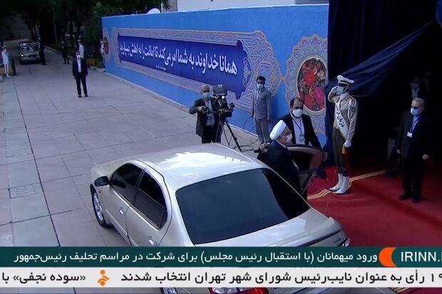 حضور پر رنگ نمایندگان مقاومت در مراسم تحلیف/ روحانی دیگر با BMW نیامد
