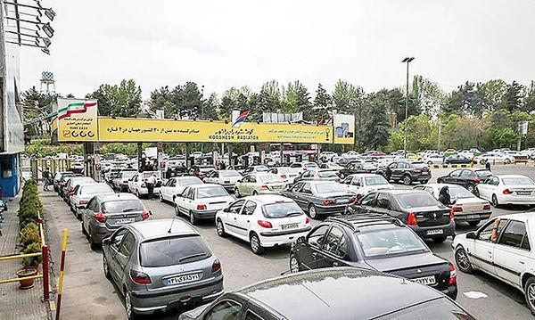 پنج فرضیه از صفهای بنزین