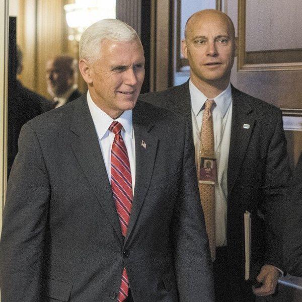 ترامپ مشاور کلیدی پنس را به کاخ سفید راه نداد