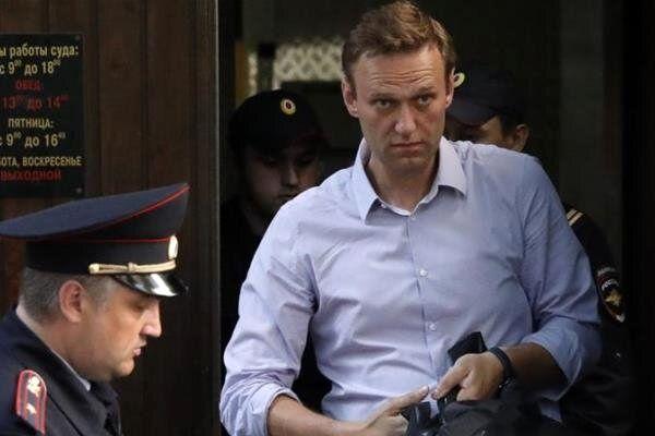 الکسی ناوالنی به ۳ سال و نیم زندان محکوم شد