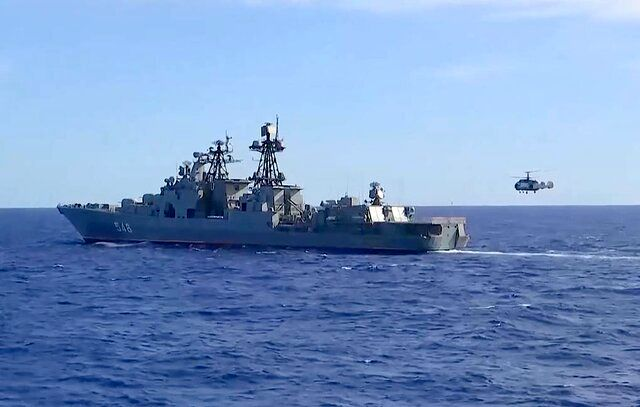 مانورهای دریایی مشترک چین و روسیه در دریای ژاپن