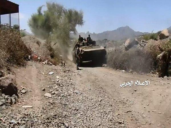 خبر یک منبع نظامی از درگیریهای شدید میان دولت مستعفی یمن و انصارالله در مأرب