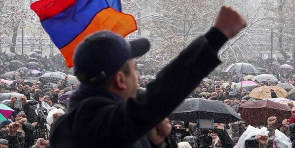 شدت گرفتن دور جدید اعتراضات در ارمنستان