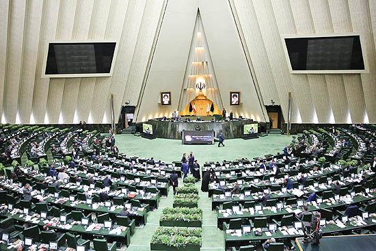مجلس بهدنبال تدوین استراتژی خودرو