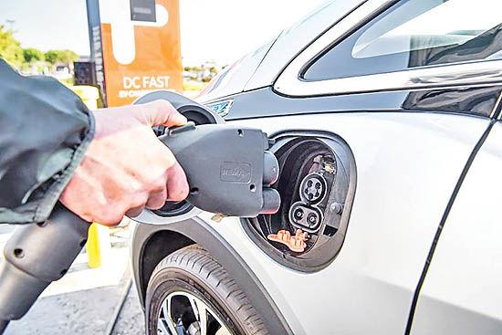 عرضه باتریهای جدید خودرو در 2025