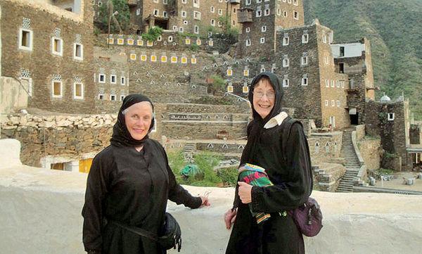 ورود زنانِ توریستِ تنها به عربستان ممنوع!