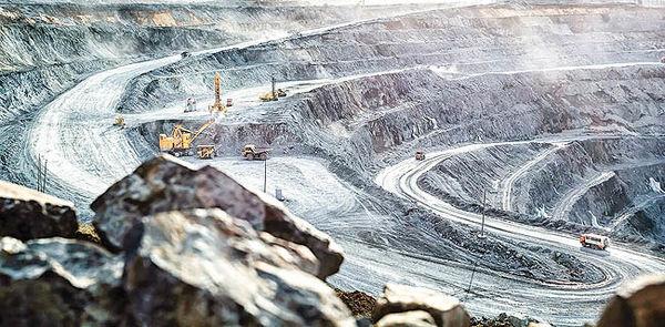 چالش حق مالکانه دولتی برسر راه معدنکاران