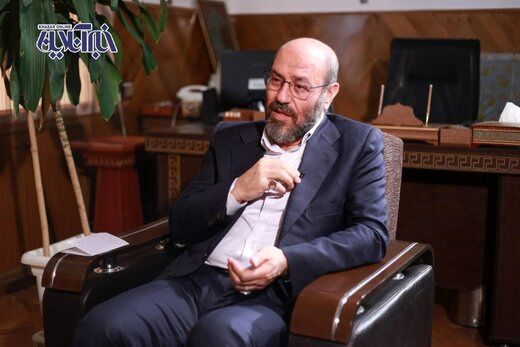 سردار دهقان: من نه احمدی نژادم، نه روحانی نه خاتمی!