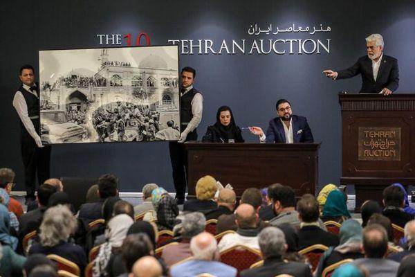 چرا تاریخ برگزاری حراج تهران به تعویق افتاد؟