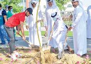 شجاع همراه با قطریها بیل زد!
