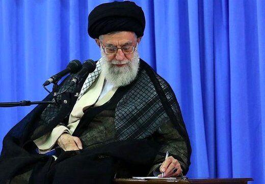 پاسخ رهبر انقلاب به چند سوال درباره کرونا، پاکی و نجسی الکلهای ضدعفونی و نماز با دستکش