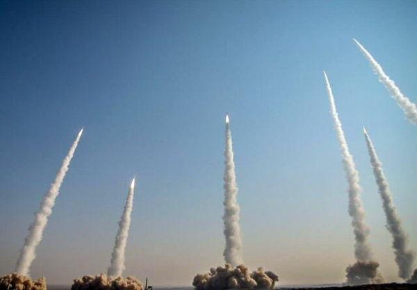 موشک ایران در ۱۰۰ مایلی ناو نیمیتز آمریکا فرود آمد