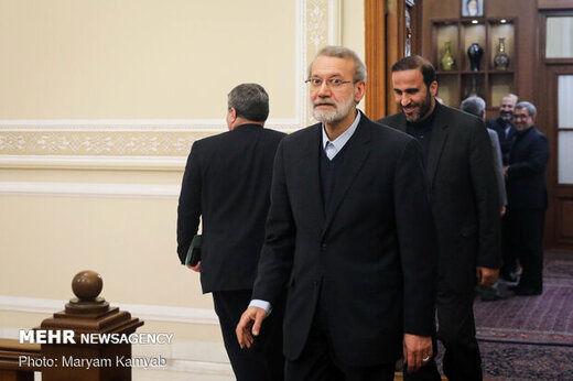 تماس لاریجانی با آیات عظام صافی گلپایگانی و نوری همدانی پیش از کاندیداتوری