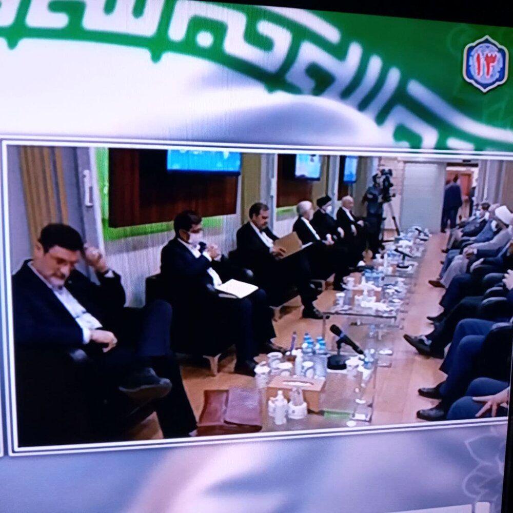 کاندیدای پوششی انتخابات کنار رئیسی نشست /محسن رضایی درحال آماد شدن برای رقابت+عکس