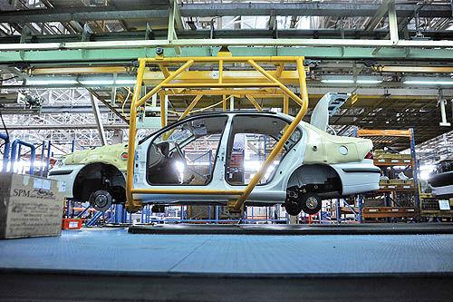 سقوط آزاد تولید خودرو