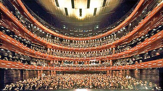 اجرای اپرای سلطنتی دانمارک با اقتباس از اثر صادق هدایت