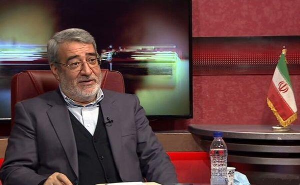 نخستین گروهی که در ایران واکسن کرونا میزنند