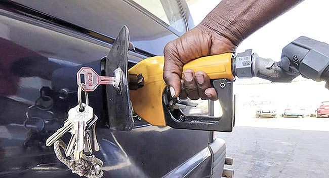 پرخوری خودروها در غیاب قوانین دولتی