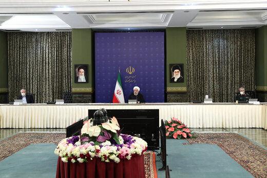 روحانی: هیچ اختلافی بین دستگاههای دولتی و قوای ۳گانه وجود ندارد /فعالیت اقتصادی در تهران از ۳۰ فروردین آغاز می شود/ اماکن مقدسه تا پایان فروردین تعطیل است/ از این وضعیت عبور میکنیم