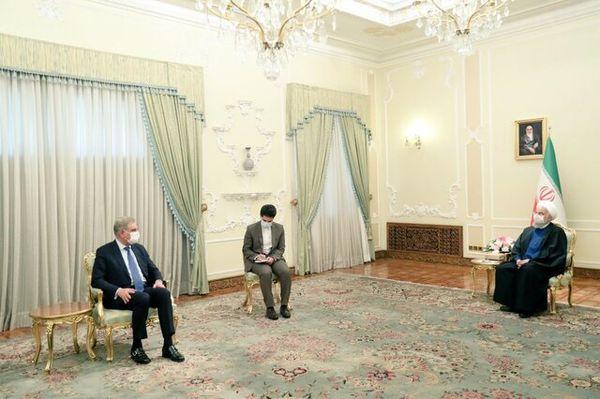 روایت توییتری وزیر خارجه پاکستان از دیدارش با روحانی