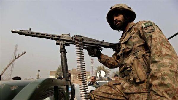 پنج نظامی پاکستانی کشته شدند