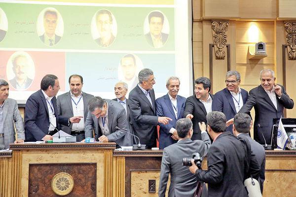 1 + 2 جابهجایی در صدر پارلمان اقتصاد