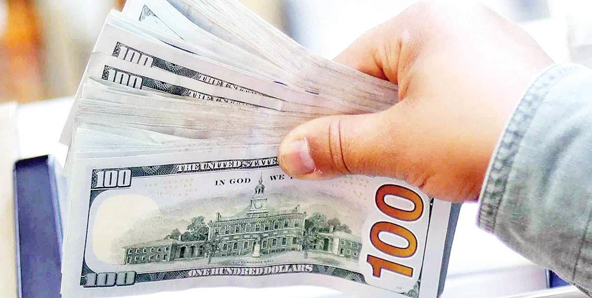 بازارساز روبهروی سفتهبازان دلار