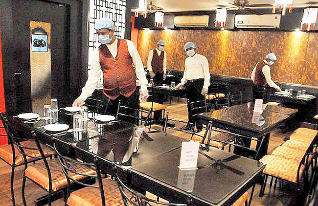 بازگشت گردشگران به رستورانها
