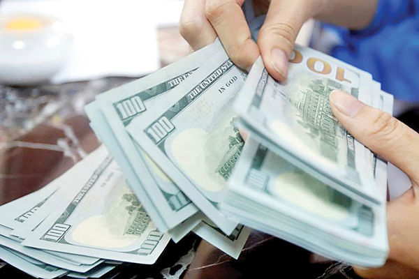 جنس نوسان در بازار دلار