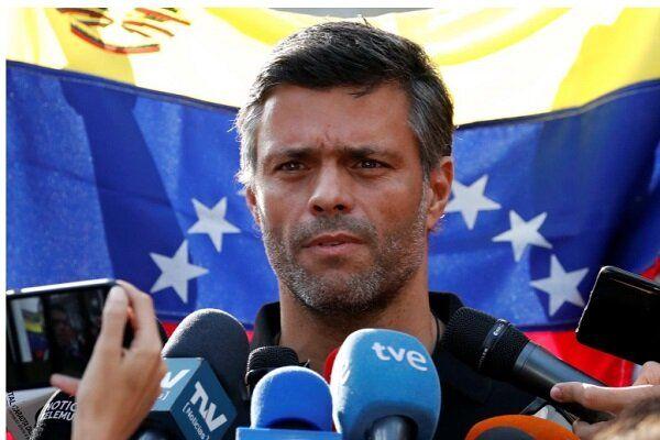 چهره مخالف مادورو از ونزوئلا گریخت
