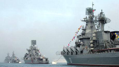 کشتیهای جنگی روسیه وارد دریای سیاه شدند