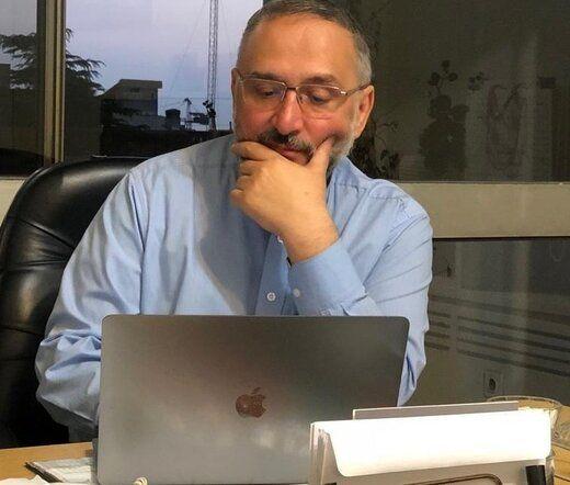 کنایه ابطحی به پیشنهاد مذاکره اصولگرایان با آمریکا