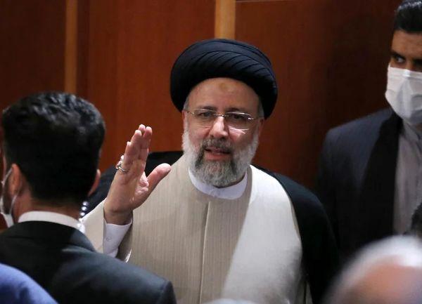 ابراهیم رئیسی، نیکسون ایران می شود