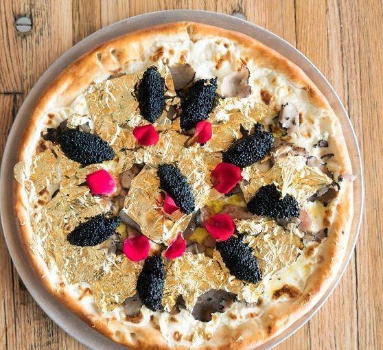 مواد باورنکردنی در تهیه گرانترین پیتزای جهان