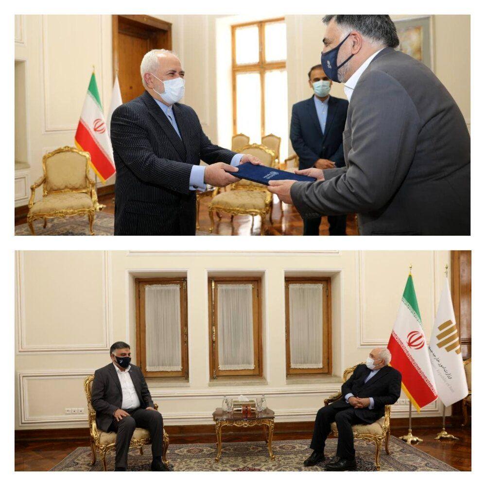 روز شلوغ ظریف در وزارت خارجه و دو دیدار مهم/عکس