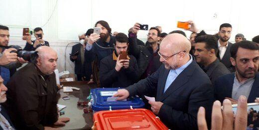 قالیباف رأی خود را کجا به صندوق انداخت؟ /عکس سلفی با رأی اولیها