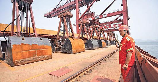تداوم سیاستهای کاهش ظرفیت تولید فولاد