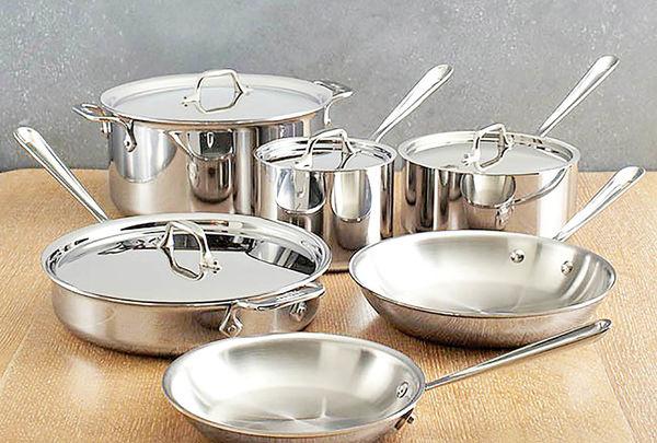 دلایل گرانی لوازم فلزی آشپزخانه