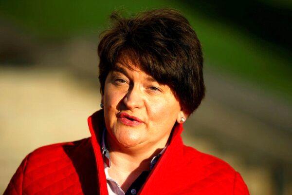 نخست وزیر ایرلند شمالی از مقام خود استعفا داد