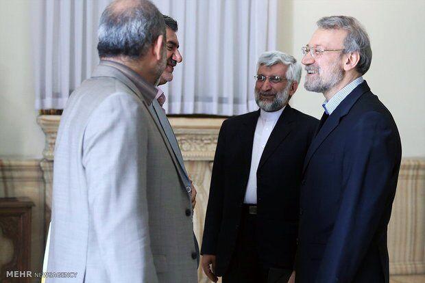 ابراهیم رئیسی و ظریف بهم رسیدند /قالیباف و جهانگیری دوقطبی انتخابات ۱۴۰۰ می شوند؟